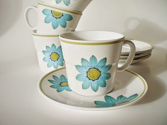 https://www.etsy.com/listing/211969678/retro-cups-saucers-mod-retro-pattern?ref=favs_view_6
