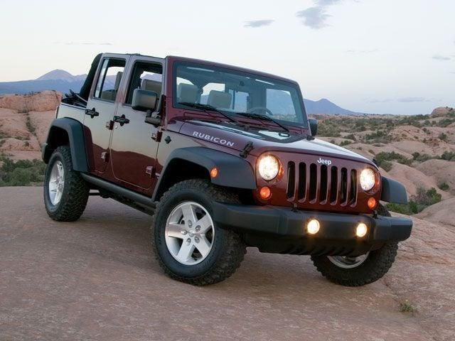 Autoblitz The Jeep Wrangler Unlimited Sport 2012