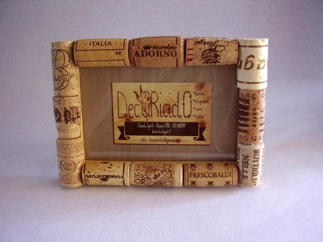 Decoriciclo portafoto di legno e tappi di sughero