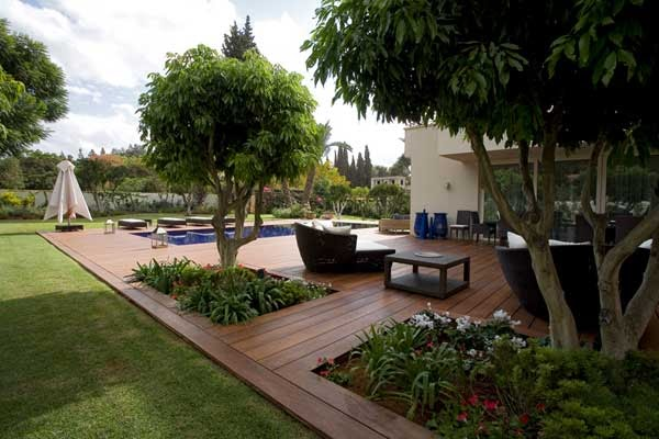 architecture goggles architectural detail deck flush with lawn. Black Bedroom Furniture Sets. Home Design Ideas