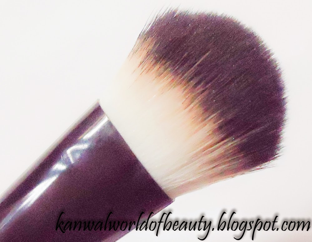 Complexion Blending Brush
