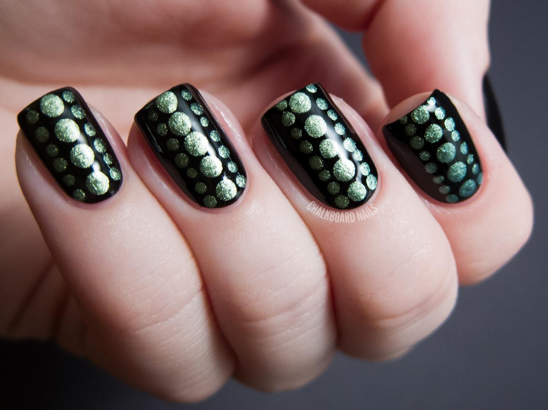 Reptilian Dot Nail Art | Chalkboard Nails | Nail Art Blog