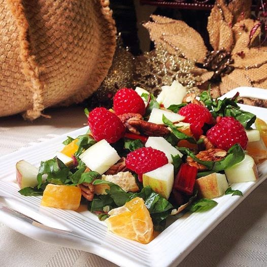 Christmas Tree Salad & Raspberry Dressing