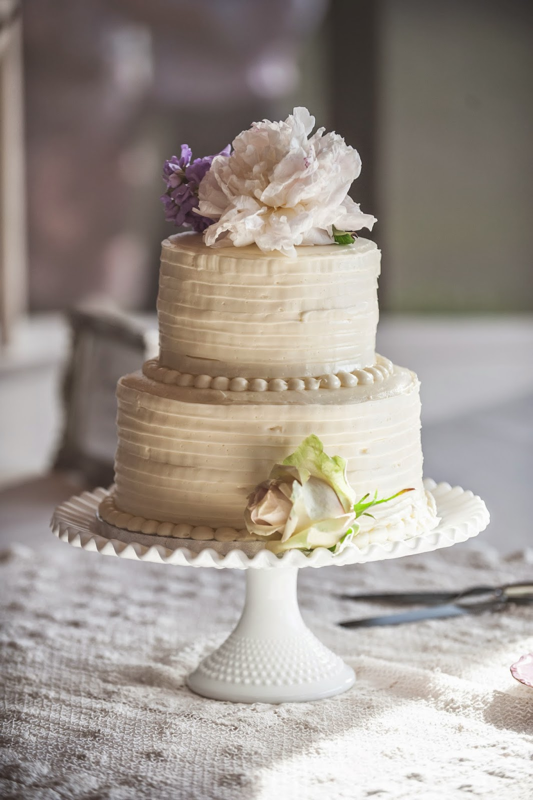 Vintage Wedding Cake with Flower Topper