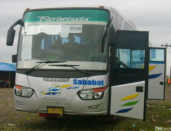 pusat sewa bus pariwisata murah: bus pariwisata sahabat ...