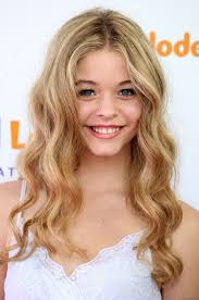 Sasha Pieterse Height - How Tall