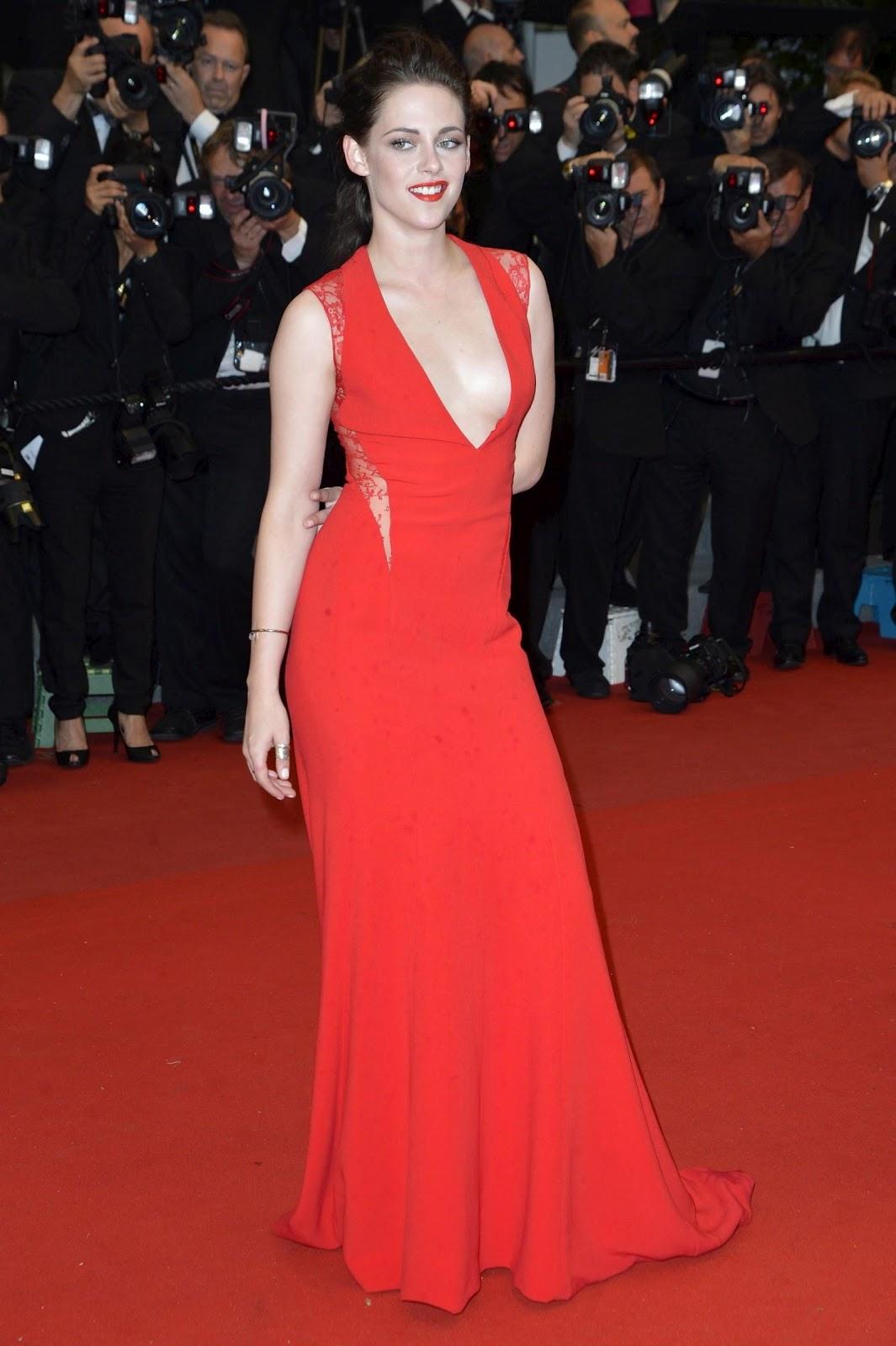 http://2.bp.blogspot.com/-qXxSvqN7sK4/T8ZT2imVFUI/AAAAAAAASfw/_sFc238vSes/s1600/Kristen_Stewart_red_gown_in_Cannes_04.jpg