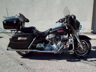 Harley-Davidson FLHT (FLHTI) Electra Glide