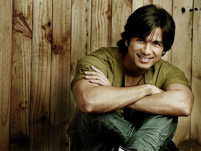 Shahid Kapoor Normal Resolution HD Wallpaper 8