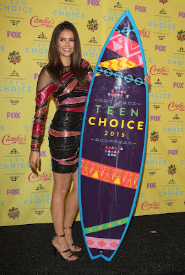 Nina Dobrev flaunts legs at the Teen Choice Awards 2015