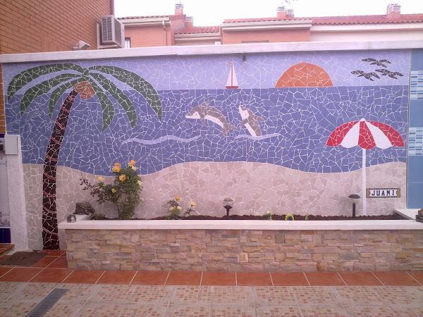 Mosaico de azulejos rotos aprender manualidades es - Azulejos para mosaicos ...