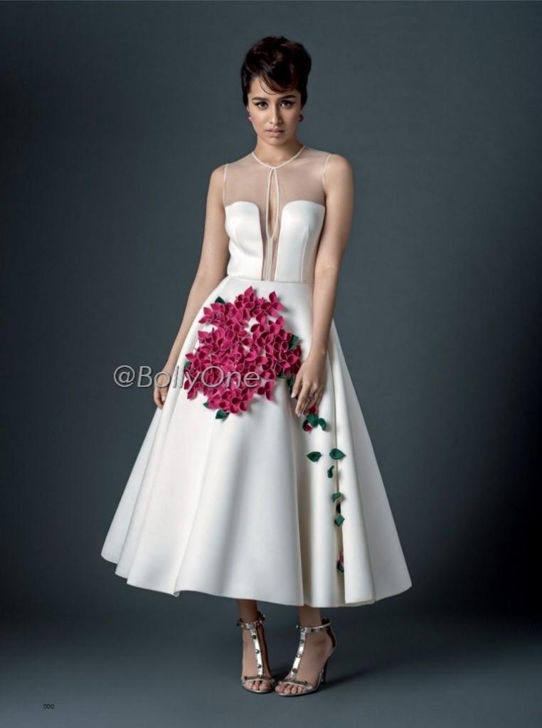 http://2.bp.blogspot.com/-qYNU73u_vS8/Vg6j9qdPBKI/AAAAAAAAGD4/Iuq15x5hiqo/s1600/Shraddha-Kapoor-features-on-Bazaar-India-4-762x1024.jpg