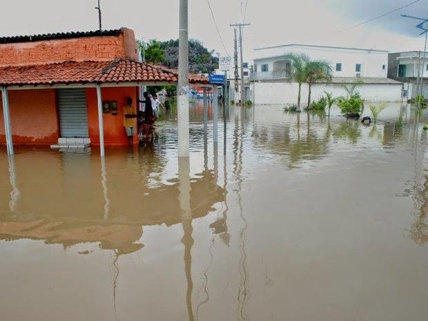 Segundo prefeito, 680 famílias ficaram desabrigadas (Foto: Ispedito Nunes de Oliveira)