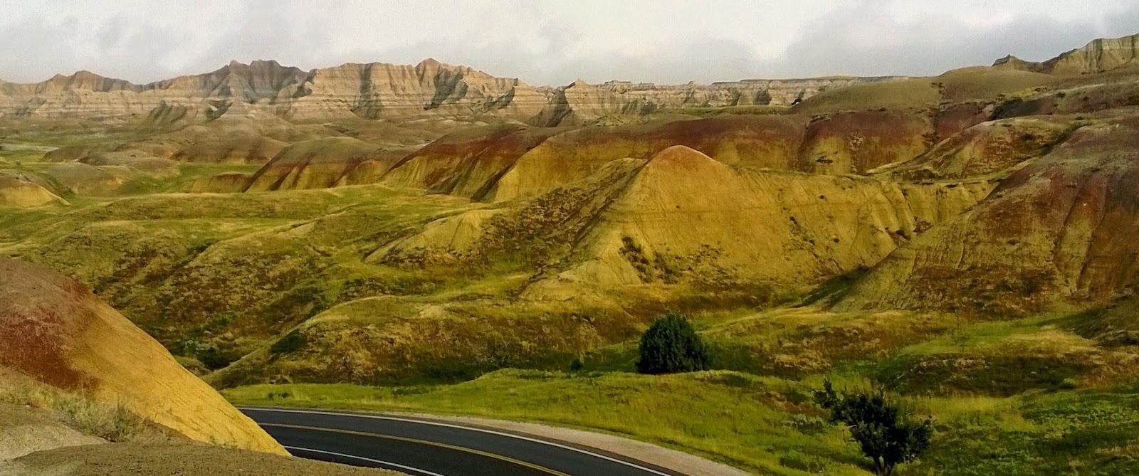 yellow mounds overlook, badlands