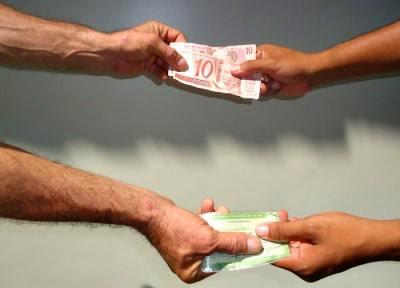 Votos no interior da BA variam entre R$ 20 e R$ 100, diz candidato.