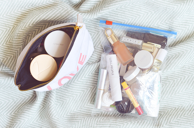 What's In My Hand Luggage [Beauty Edition]