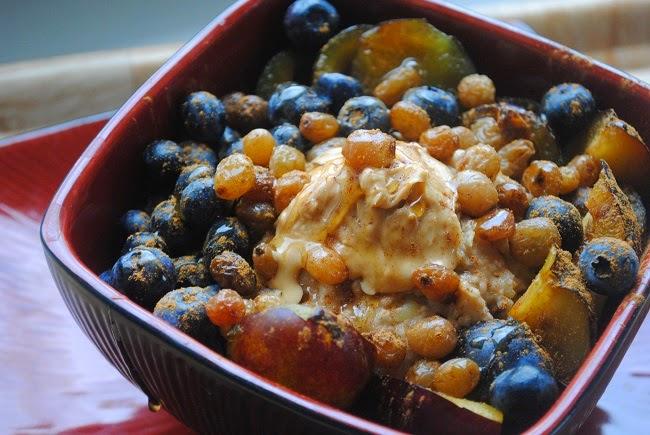 418. Jabłkowa owsianka arachidowa i domowe masło z orzechów włoskich