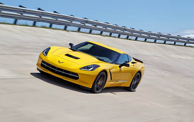 2014 Corvette Stingray: 0-60 in 3.8 Seconds and 1.03 g Cornering [Video]