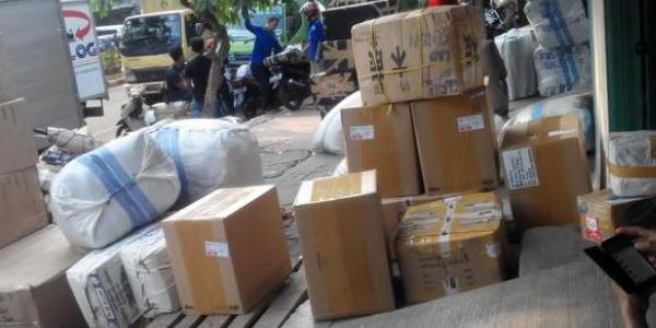 Kiriman Paket ke Pemalang Nyasar ke ITC Fatmawati, Diduga Bom?