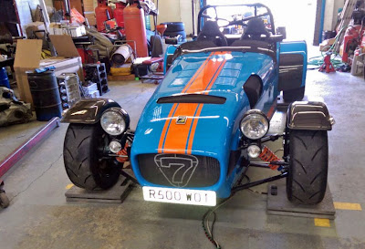 Caterham R500 on weigh bridge