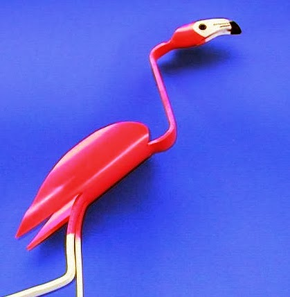 Pvc pipe birds the little yellow pvc bird for How to make pvc pipe birds