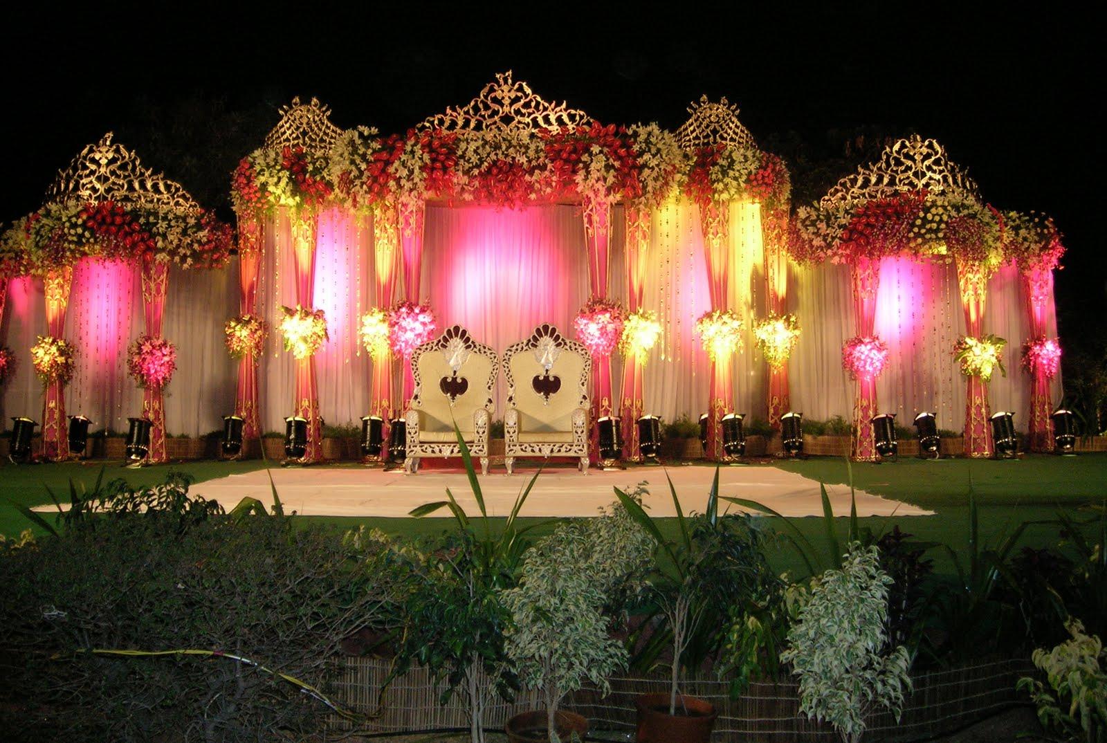 M92B252842529 - Unique Wedding stage Decoration