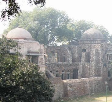 A picture of the Madrasa, Hauz Khas, Delhi