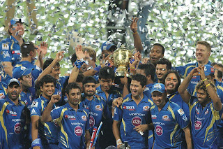 MI-team-celebration-IPL-2013
