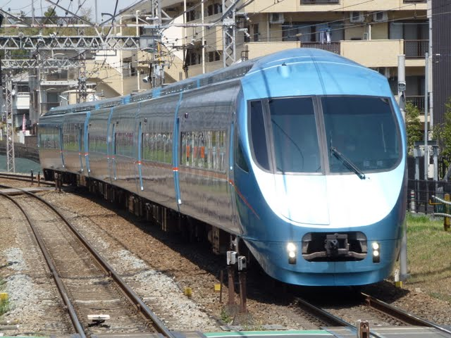 小田急電鉄 特急ロマンスカー臨時95号 片瀬江ノ島行き MSE6両