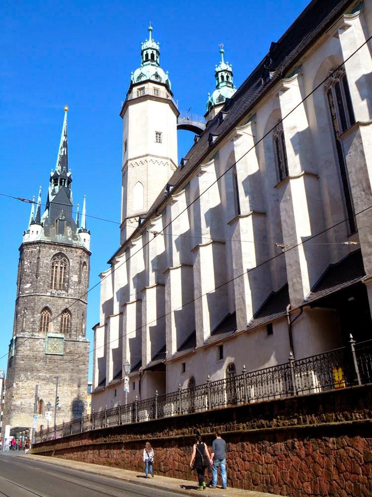 Roter Turm and Marktkirche Unser Lieben Frauen