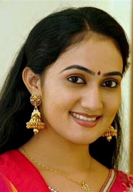 Anu joseph malayalam tv serial actress latest photos cinemascene anu joseph malayalam tv serial actress latest photos altavistaventures Gallery