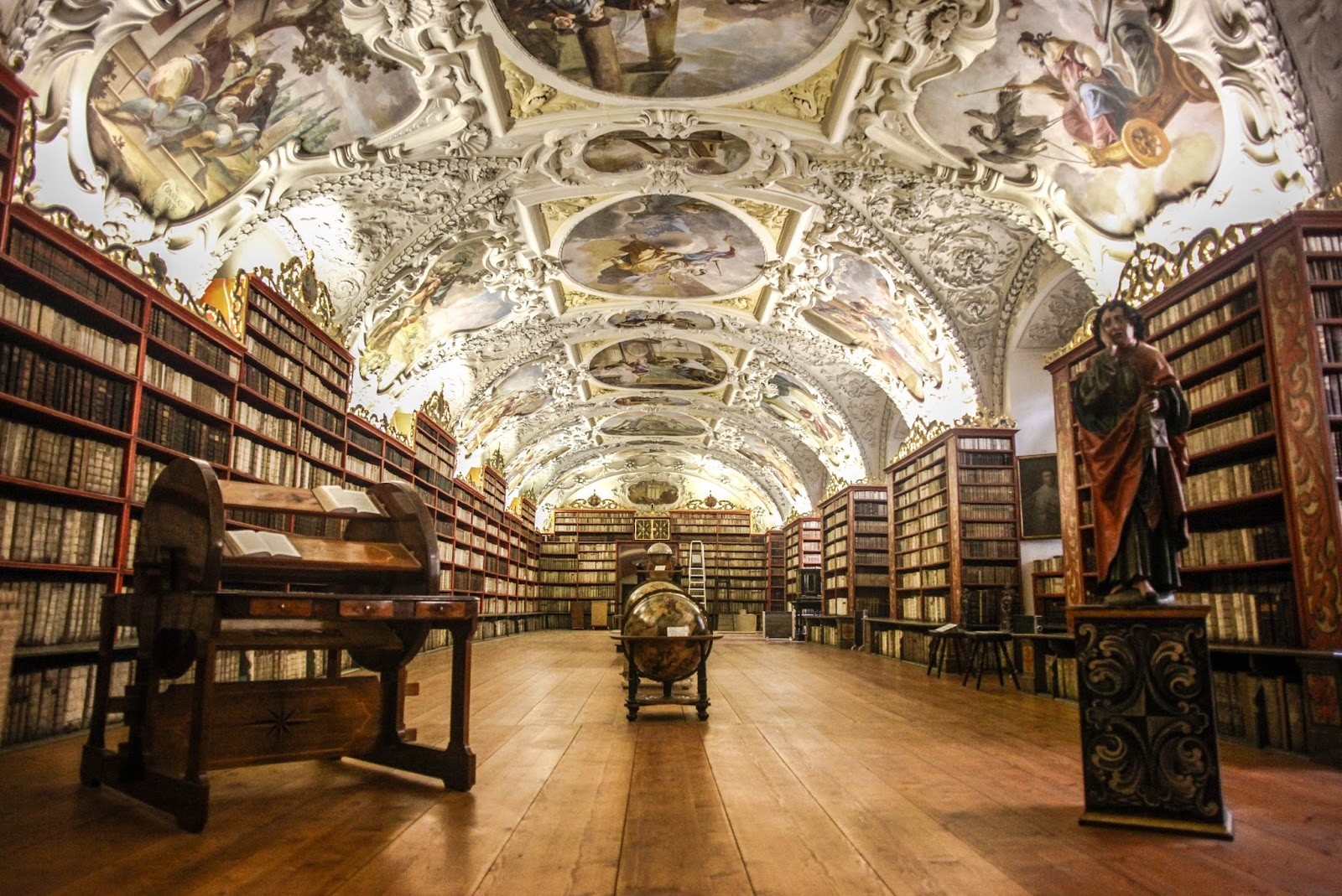 top 10 beautiful libraries the honest bookclub