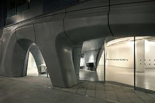 Zaha Hadid y el Roca London Gallery