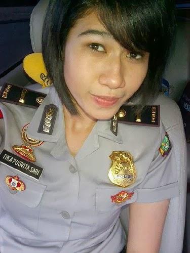 Polisi Wanita Paling Cantik
