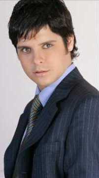 Gian Piero Diaz con terno