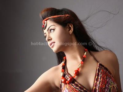 Monal gajjar latest unseen hot pictures