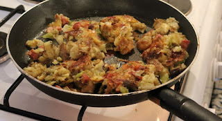 A making breakfast - bubble and squeak