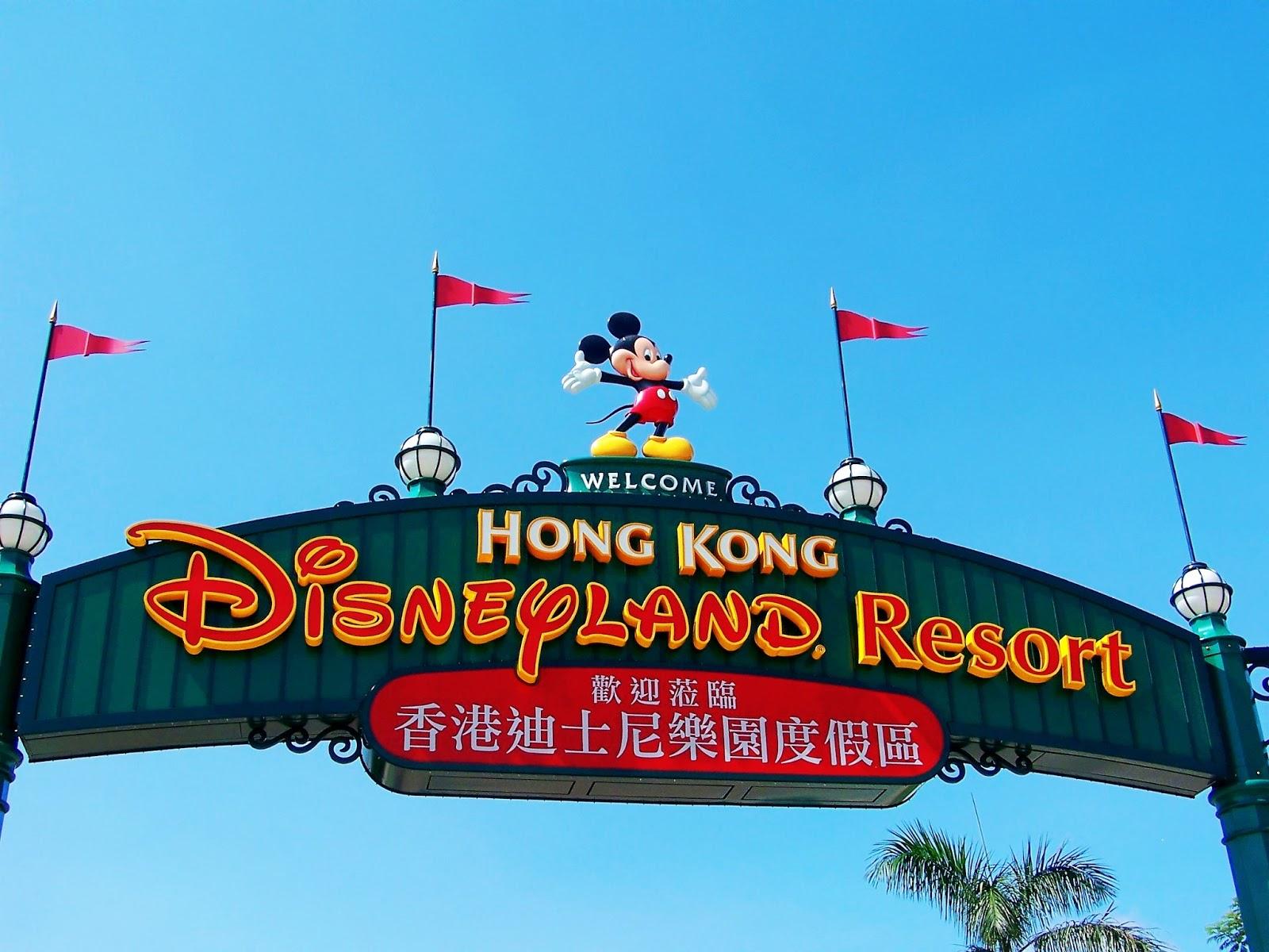 Hong Kong Sunset Cruise Plus Dinner