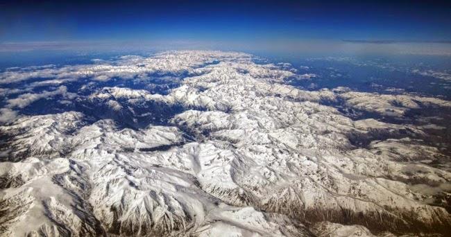 Algumas razões para preferir assentos na janela dos aviões