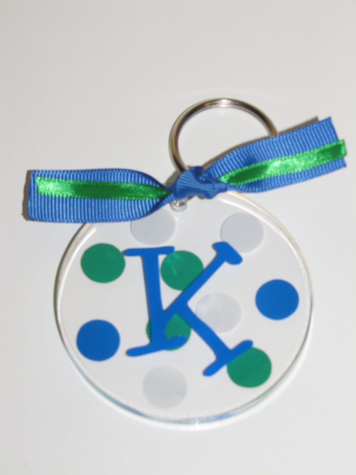 how to make clear acrylic keychains