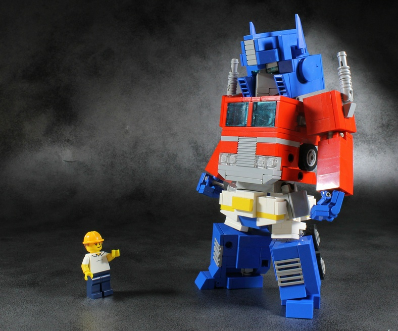 how to build optimus prime out of legos