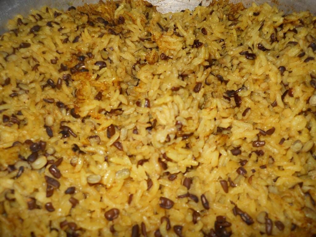 ... : Spicy Split Urid Dal (Black Gram) Khichdi (Rice and Gram mix