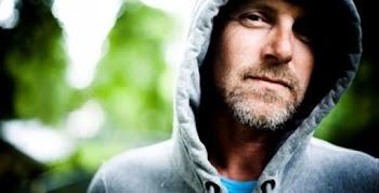 Στην Αθήνα ο νορβηγός συγγραφέας Τζο Νέσμπο