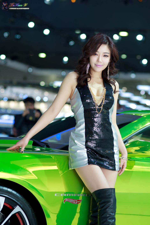 xxx nude girls: Jo Sang Hi - World IT Show 2013