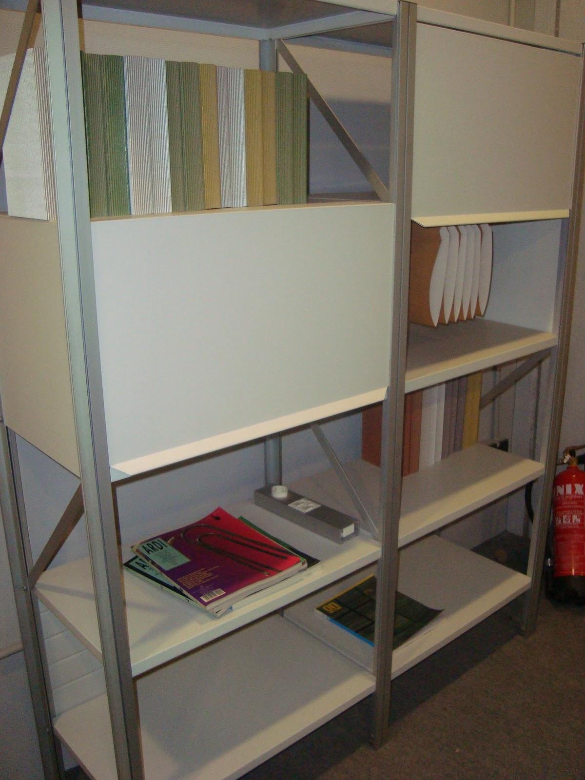 Liquidacion muebles de dise o estanterias librerias for Muebles oficina baratos liquidacion por cierre