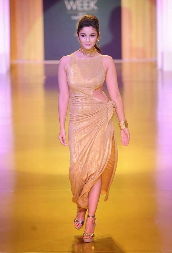 alia bhatt bollywood actress wardrobe malfunction