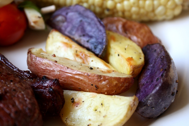 Barefeet In The Kitchen: Crisp Garlic Oven Fries with Purple Potatoes