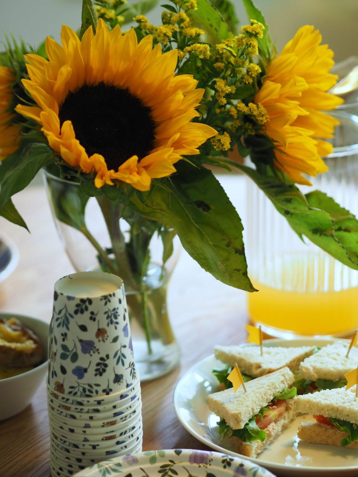 auringonkukka keltainen kukka sunflower havi
