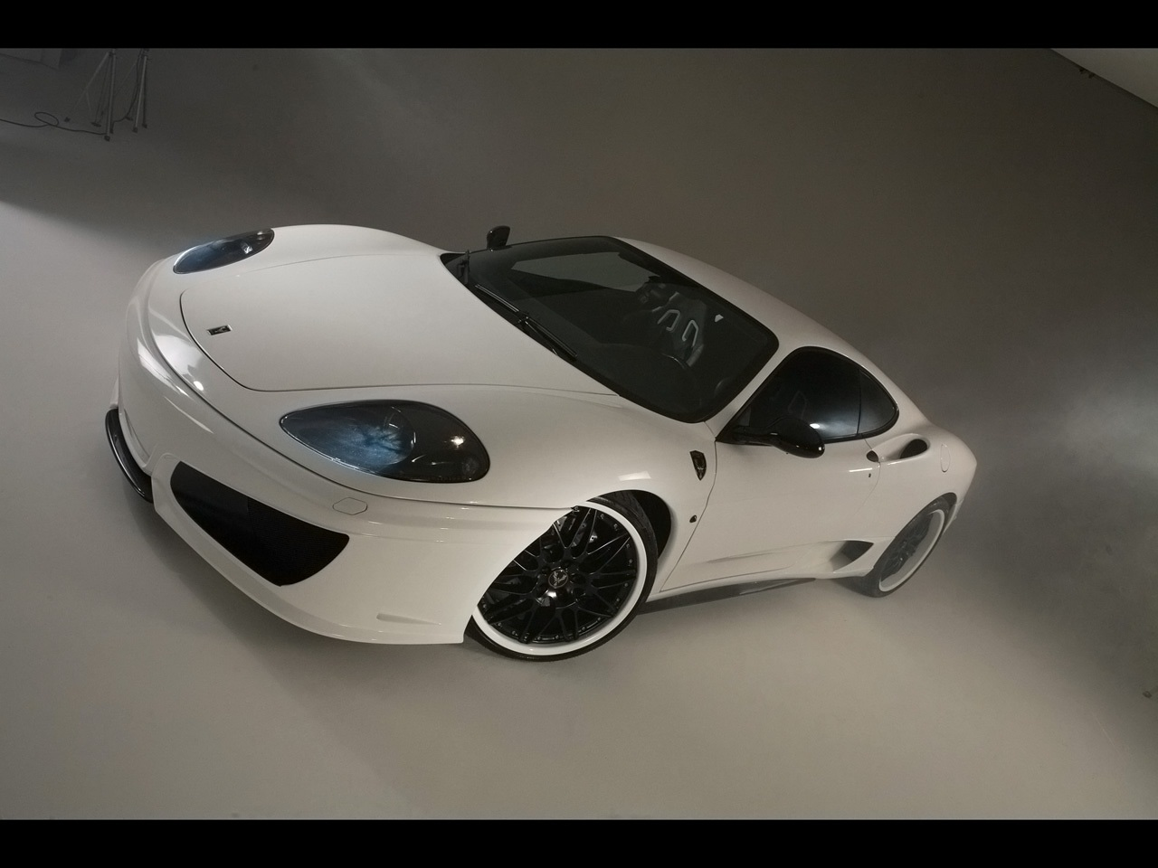 http://2.bp.blogspot.com/-qcQ8XDICNSw/T-jy7y6qWuI/AAAAAAAAMB8/Q_9L1N72uxg/s1600/Fenice-Milano-Ferrari-360-Modena-Su-Misura-F101-00.jpg
