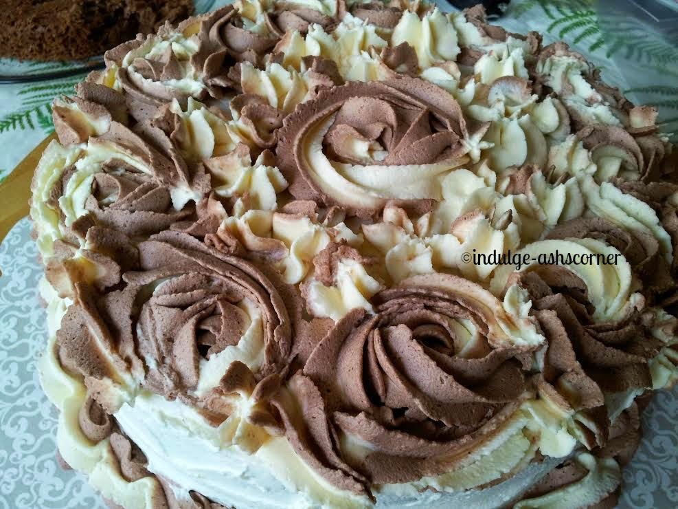 Two Tone Rosette Cake